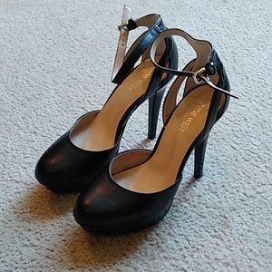 Sexy Nine West Platform Mary Janes